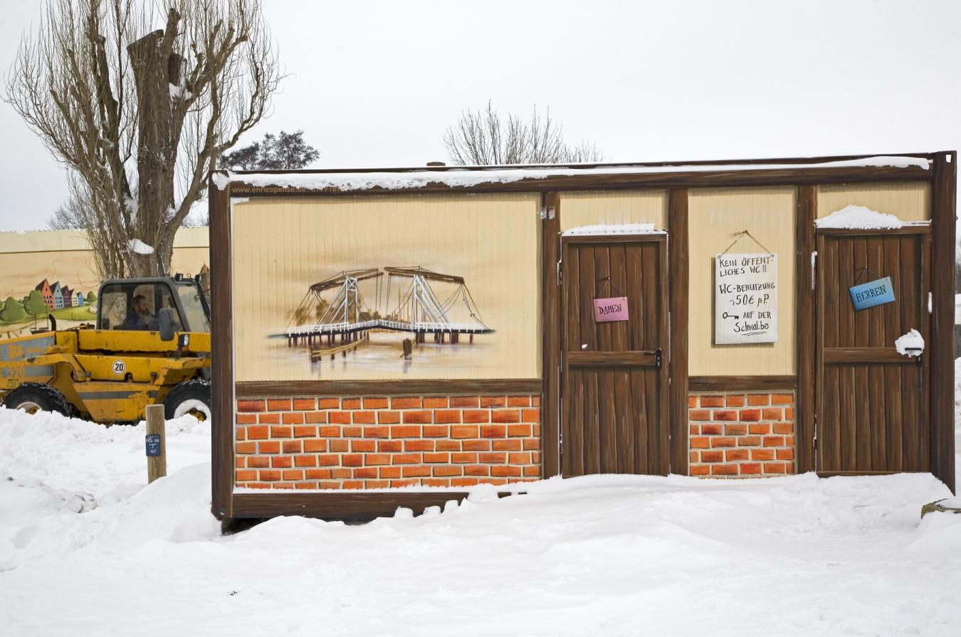 MG_0246-Toilettenhäuschen-am-Museumshafen